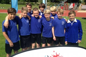 Yr7 boys' athletics - June 2015 - District 3rd Place